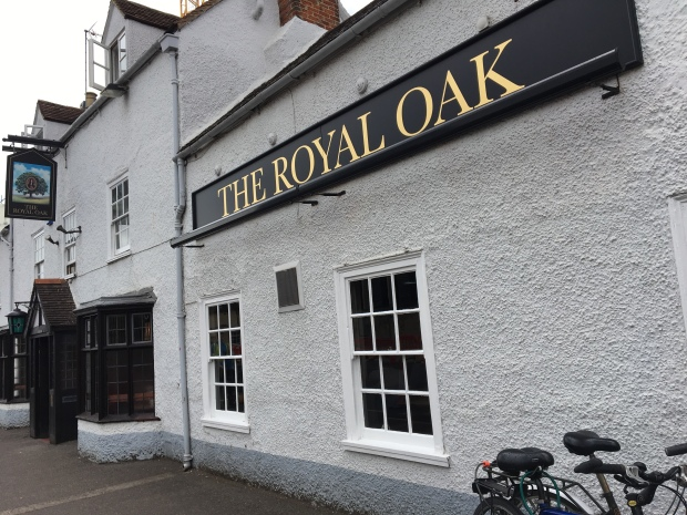 The exterior of The Royal Oak, Woodstock Road, Oxford